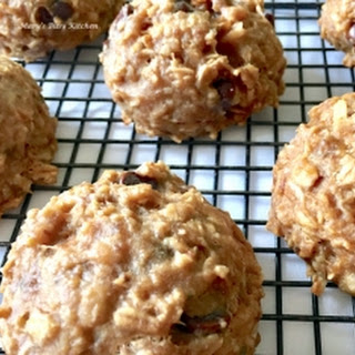 Peanut Butter & Chocolate Cookie Mounds Recipe