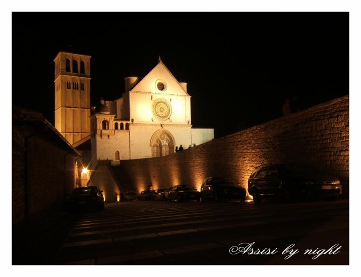 Assisi by night di raffina