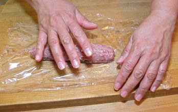 Photo: wrapping with plastic wrap