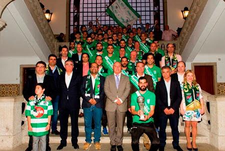 Sporting Clube de Lamego recebeu faixas de campeões nos Paços do Concelho