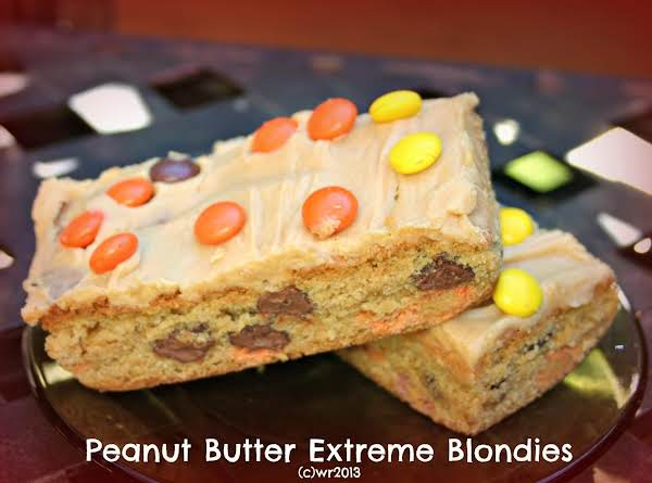 Extreme Peanut Butter Blondies Recipe