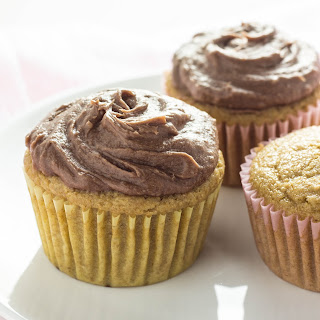 Vegan Whole Wheat Vanilla Cupcakes