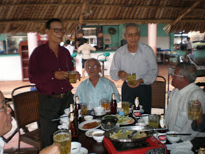 Photo: Thầy Sâm, Tân, Thiên, Thành