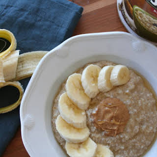 Steel Cut Oatmeal with Banana Slices, Peanut Butter, and Honey.