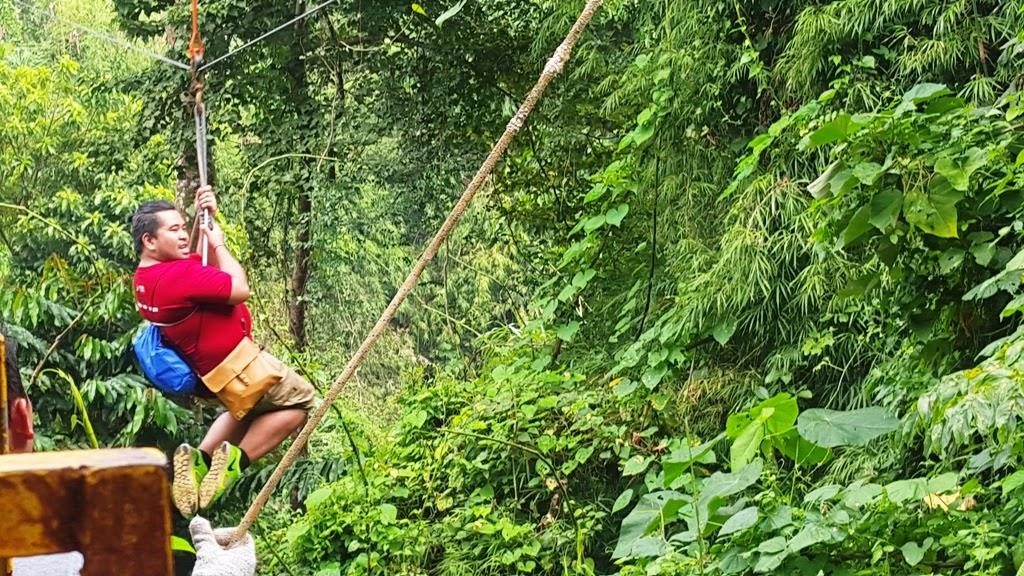 ZIPLINE AT KAMPO TREXO
