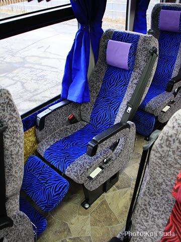 北海道バス「帯広特急ニュースター号」 ・997 シート フルリク時