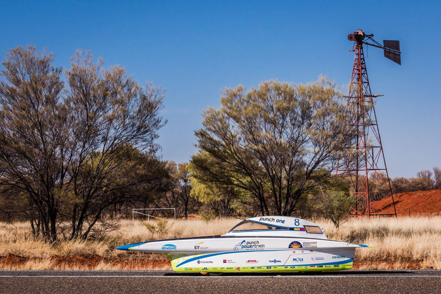 Students of Belgian Solar Team determined to catch up