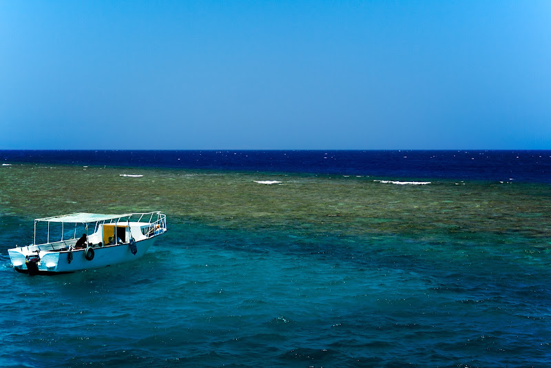 l'oceano oltre il reef di kareas