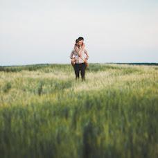 Wedding photographer Maksim Gladkiy (maksimgladki). Photo of 24.04.2014