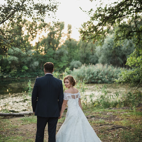 Wedding photographer Nadezhda Aleksandrova (illustrissima). Photo of 30.11.2017