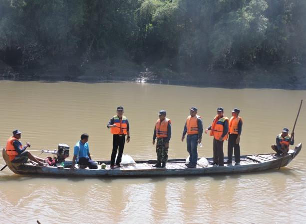 Bupati Ngawi Lepas Ribuan Relawan Turun Ke Sungai