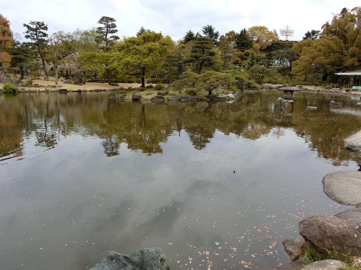 鶴舞公園胡蝶ヶ池
