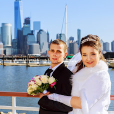 Wedding photographer Valentin Semenov (ungvar). Photo of 09.02.2017