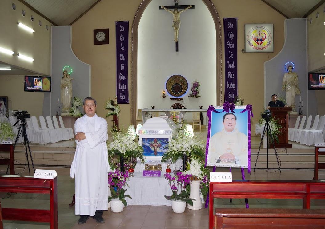 Thánh lễ an táng Cha Giuse Trần Ngọc Tâm - Chánh xứ Xuân Đức - Ảnh minh hoạ 2
