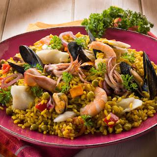 30 Minute Easy Seafood Paella