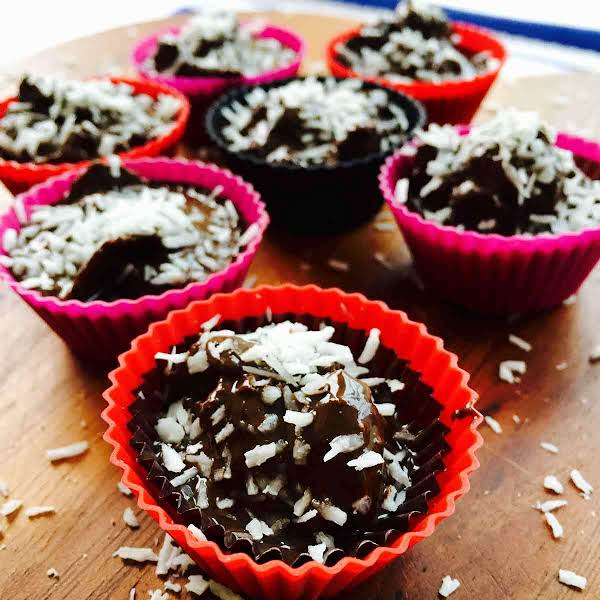 I Have Made These Super Nutritious Chocolate-clusters A Few Times And Every Time I Used Different Ingredients, As You Can Mixing Ingredients According To What You Have Around The Kitchen And There Are Lots Of Things You Can Put In Such As Dry Fruits, Etc.
