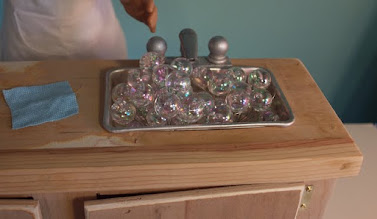 Photo: Full of bubbles and ready to wash the dishes.