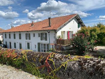 maison à Guiche (64)