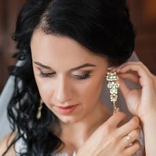 Wedding photographer Tetyana Grokhola (one-moment). Photo of 24.01.2017