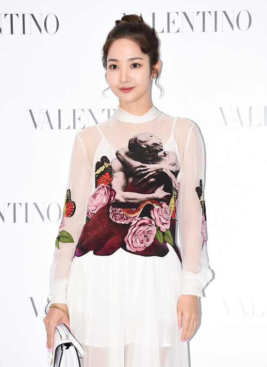 190905_Park_Min-young_Fashion_-_Valentino_Event-1