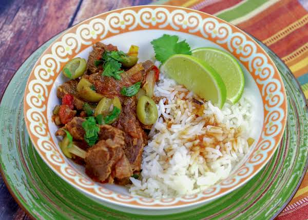 Ropa Vieja Crock Pot Served With Rice.