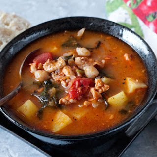 Pressure Cooker Chorizo, Chicken and Kale Soup