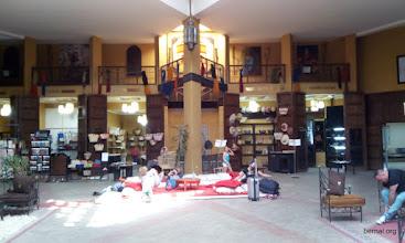 Photo: Mercado solidario en Aeropuerto de Marrakech