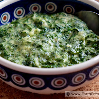 Simple Creamed Spinach from Scratch (adapted from Betty Crocker's Picture Cookbook, 1950 Edition)