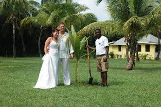 Photo: Paul and Amanda H., wed Oct. 2008
