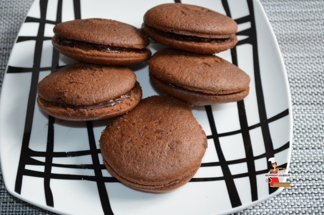 Whoppie Pies with Chocolate and Sparkling Sugar Recipe