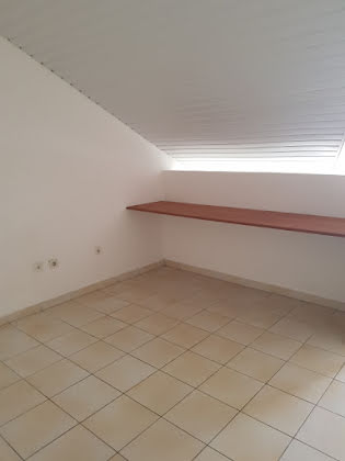 Location studio 32,3 m2