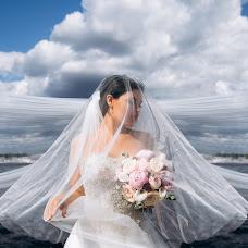 Wedding photographer Roma Akhmedov (aromafotospb). Photo of 19.09.2018