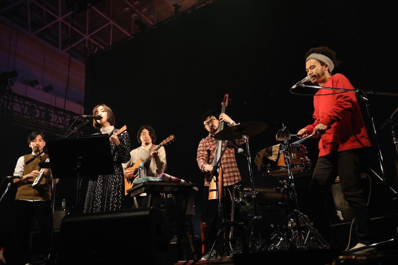 【迷迷現場】COUNTDOWN JAPAN 18/19 日本創作歌手 藤原櫻 ( 藤原さくら ) 樂團編制呈現不同風味