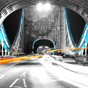 tower bridge at night by Tyler Sleap - Buildings & Architecture Bridges & Suspended Structures ( exposure, tower, england, london, night, bridge, long )