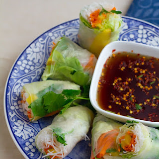 Vietnamese Summer Rolls with Mango and Sweet Chili Dipping Sauce Recipe
