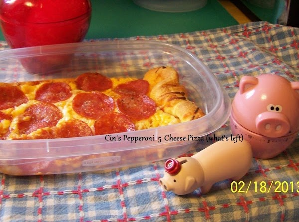 Cin's Pepperoni 5-Cheese Pizza...we almost ate all of it before I remembered to take a pic (Pix By: CinStraw)