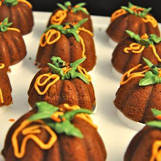 Spicy Pumpkin Bundt Cakes