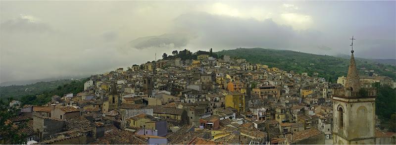Un gioiello tra i monti, il borgo di Isnello di lugiube