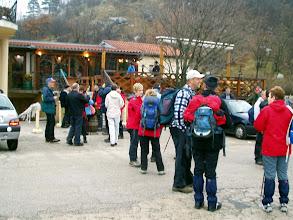Photo: Okupljanje ispred Putnika