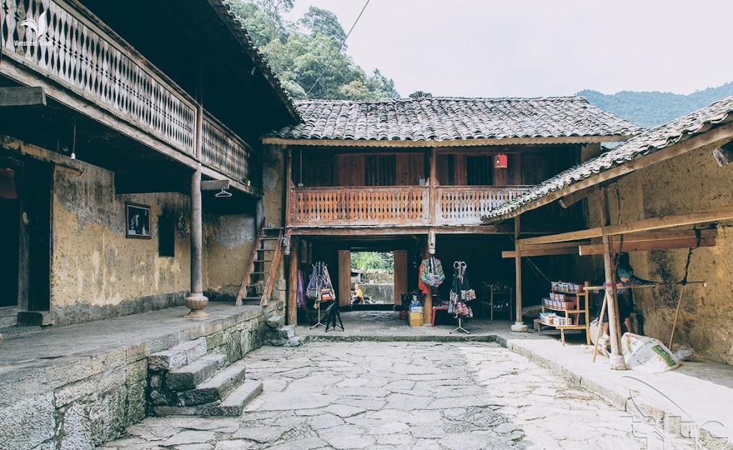 Kiến trúc nhà Pao