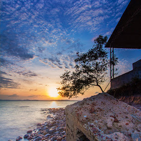 Waiting for sunrise by Fariz Mohammad - Landscapes Beaches ( beach, sunrise, rocks )