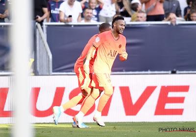 Neymar compare sa relation avec les supporters du PSG à celle avec sa petite amie