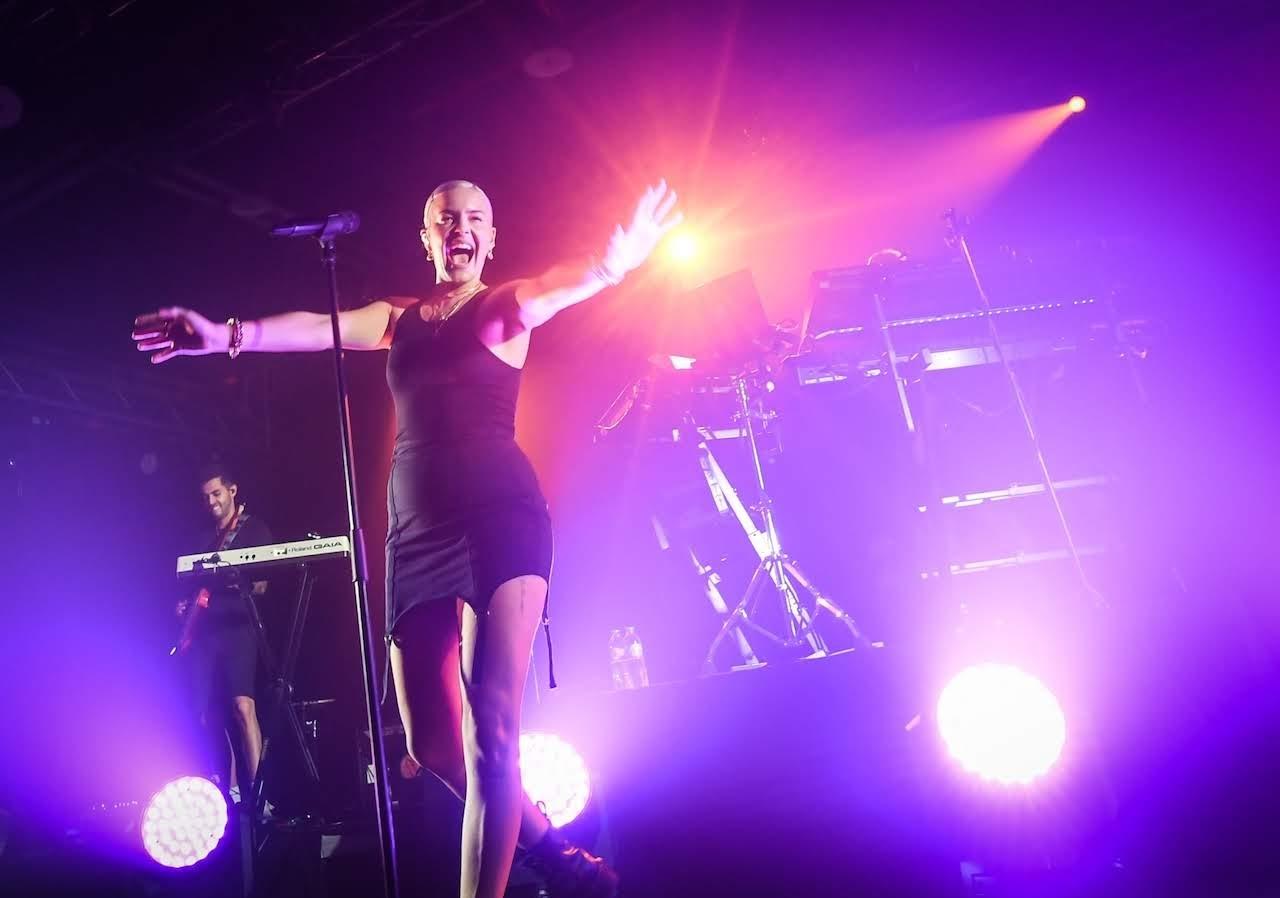 【迷迷現場】 超殺歌姬 安瑪莉  Anne-Marie 台灣首場演唱會 POWER嗓音炸全場