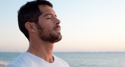 5 Breathing Exercises to Relax in 10 Minutes or Less