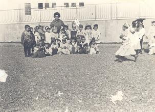 Photo: Αποκριές 1966 Δασκάλα: Τζένη