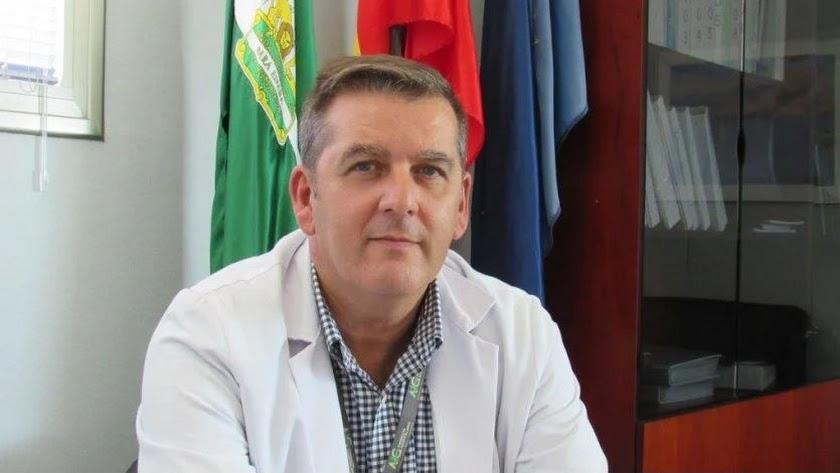 Imagen de archivo de Pedro Acosta, director del Hospital de Poniente.