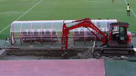 El club ha decidido bajarlos 40 centímetros sobre el nivel del suelo.