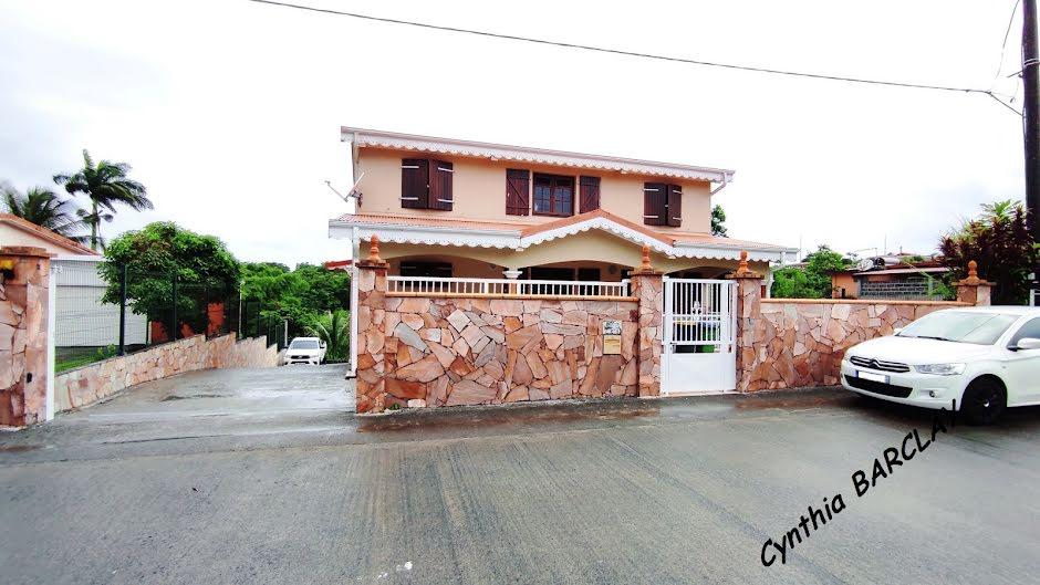 Vente maison 5 pièces 301 m² à Le morne rouge (97260), 325 600 €