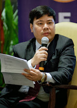 Photo: 22 August 2013 - General Monthly Meeting of FINEX. Bach Nguyen, IAFEI Area President for Asia and Founder and Director of VCFO-Vietnam
