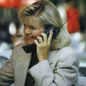 Photo: Mujer al teléfono